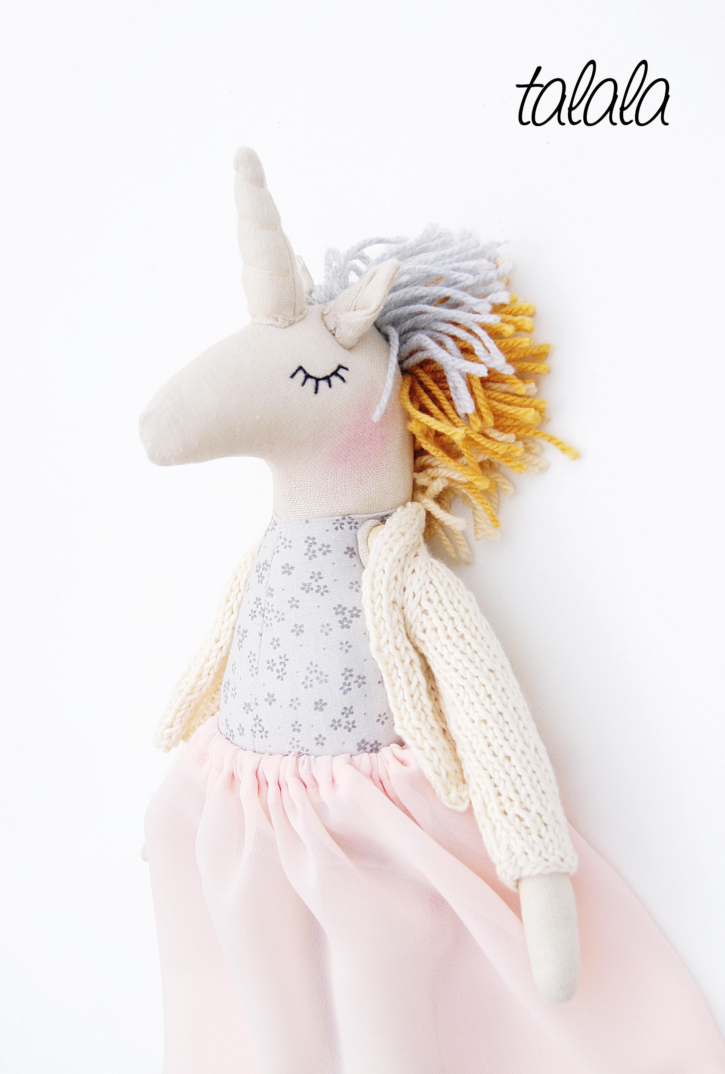 Rękodzieło lalka jednorożec koń