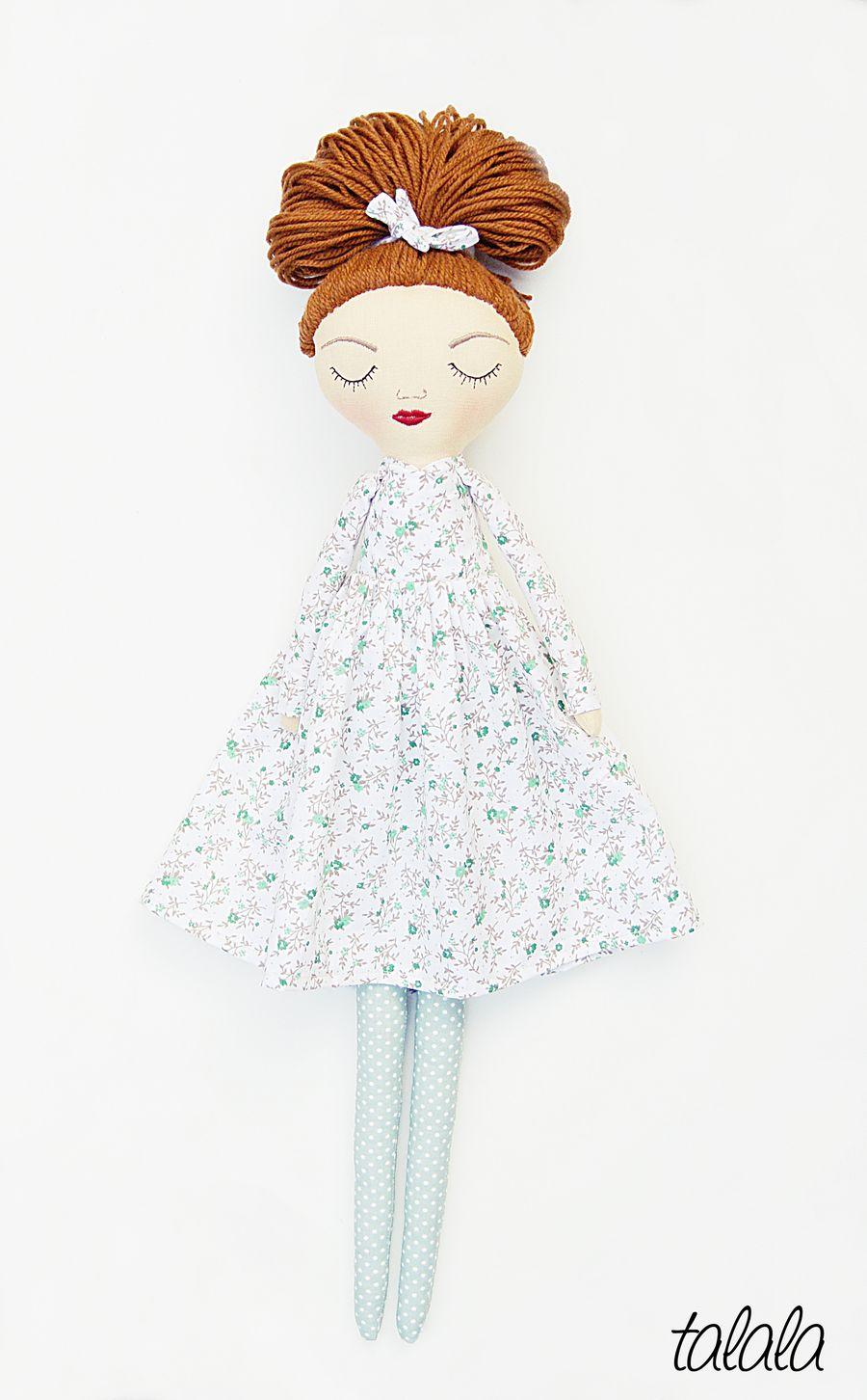 Piękne lalki ręcznie robione