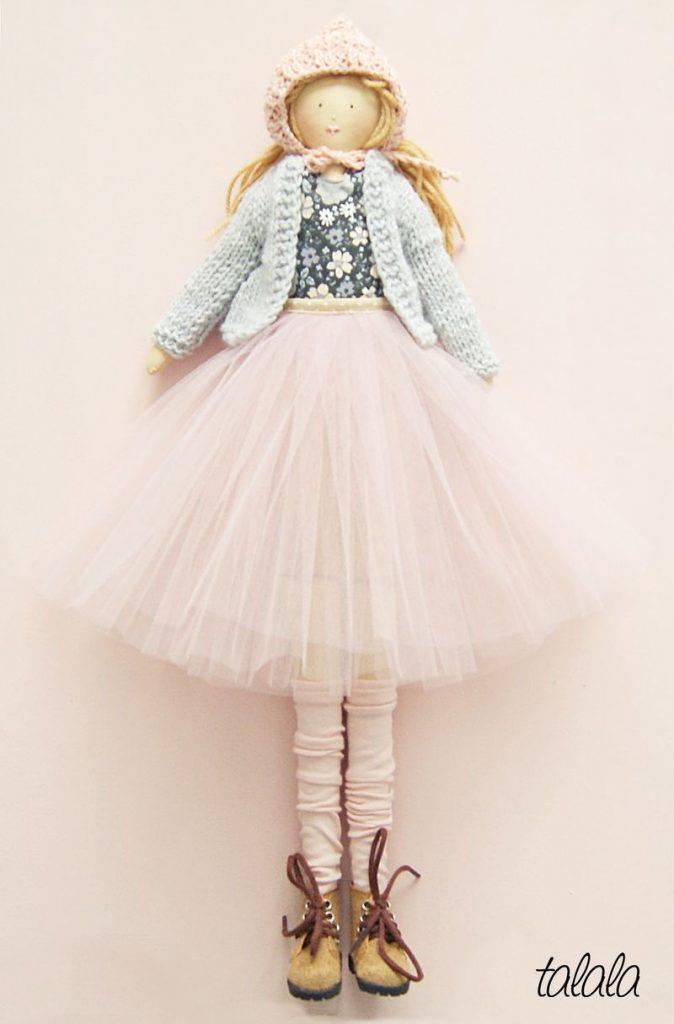 Lalka z kolekcji zimowej 2019