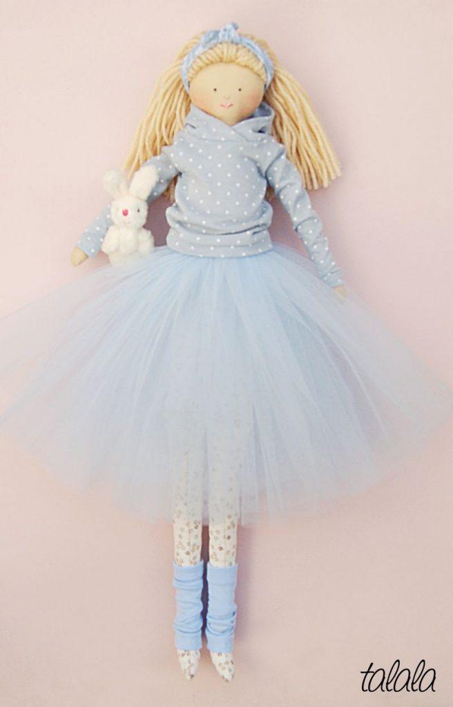 lalka robiona ręcznie