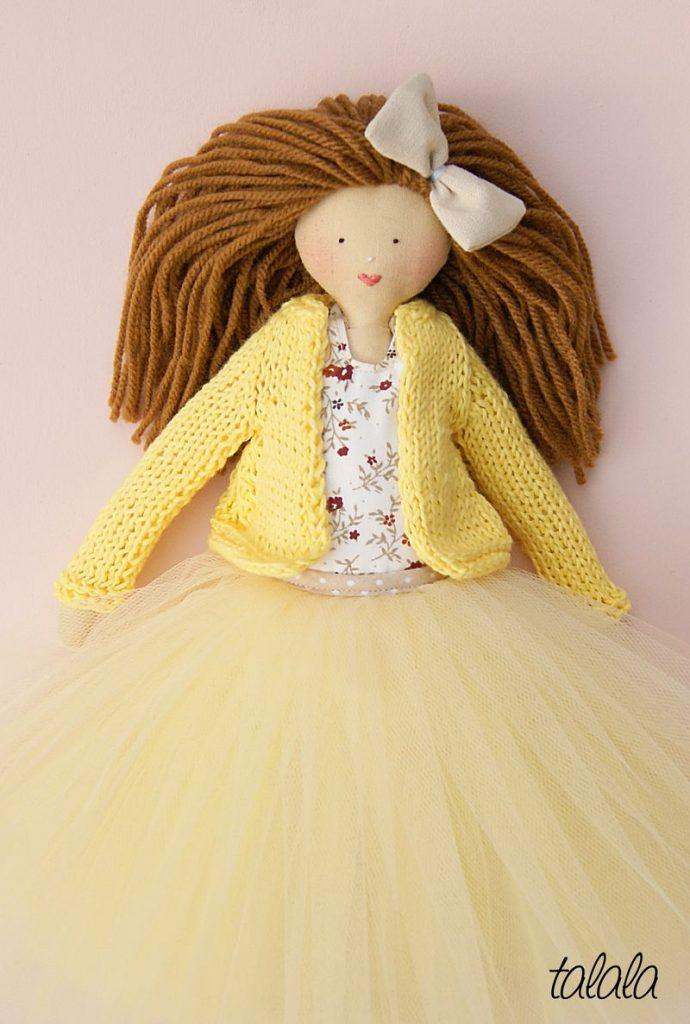 lalka ręcznie robiona