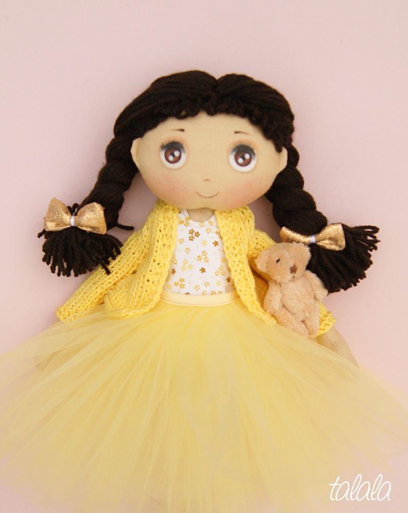 Ładna lalka na prezent